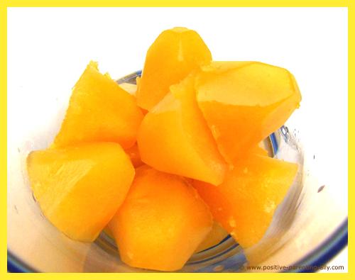 Fun snacks for kids: Fruit juice ice cubes