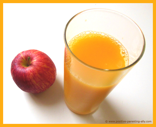 Apple and orange juice for healthy lollies / popsicles for kids.