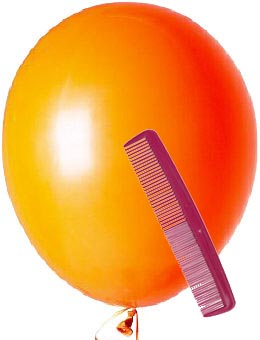 Fun kids science experiements with static electricity using a balloon and a comb.