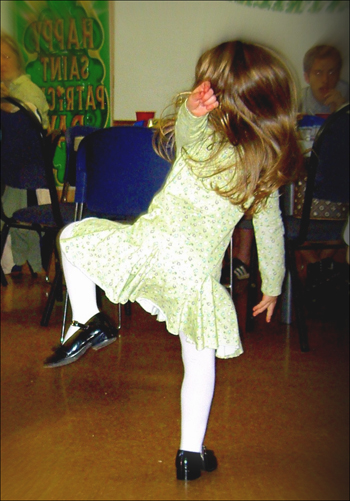 Musical statues is a great party game for kids.
