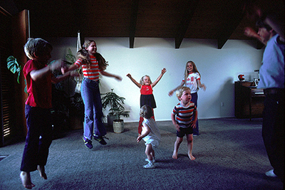Exercises for kids that involve the entire family.