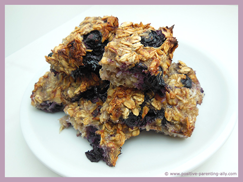 Healthy cake for kids with no flour, eggs or sugar. All natural healthy foods.