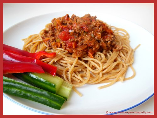 Healthy spaghetti bolognaise recipe for kids to make at home. Easy to follow guidelines. .