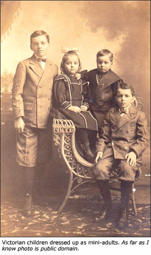 Old photo of Victorian children.
